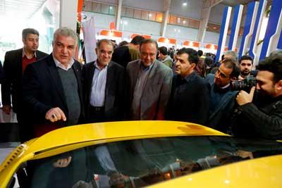 بازدید مدیرعامل گروه سایپا از نمایشگاه اصفهان