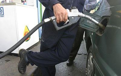 از این پس درب منزل خود بنزین بزنید