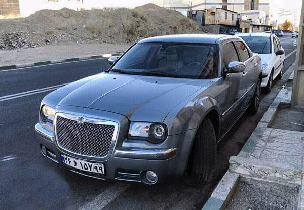 خودروی لوکس آمریکایی در تهران