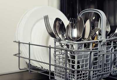 این ظرف ها نباید در ماشین ظرفشویی شسته شوند!