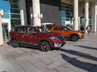 ۲ خودرو شاسی بلند چینی به ایران رسیدند